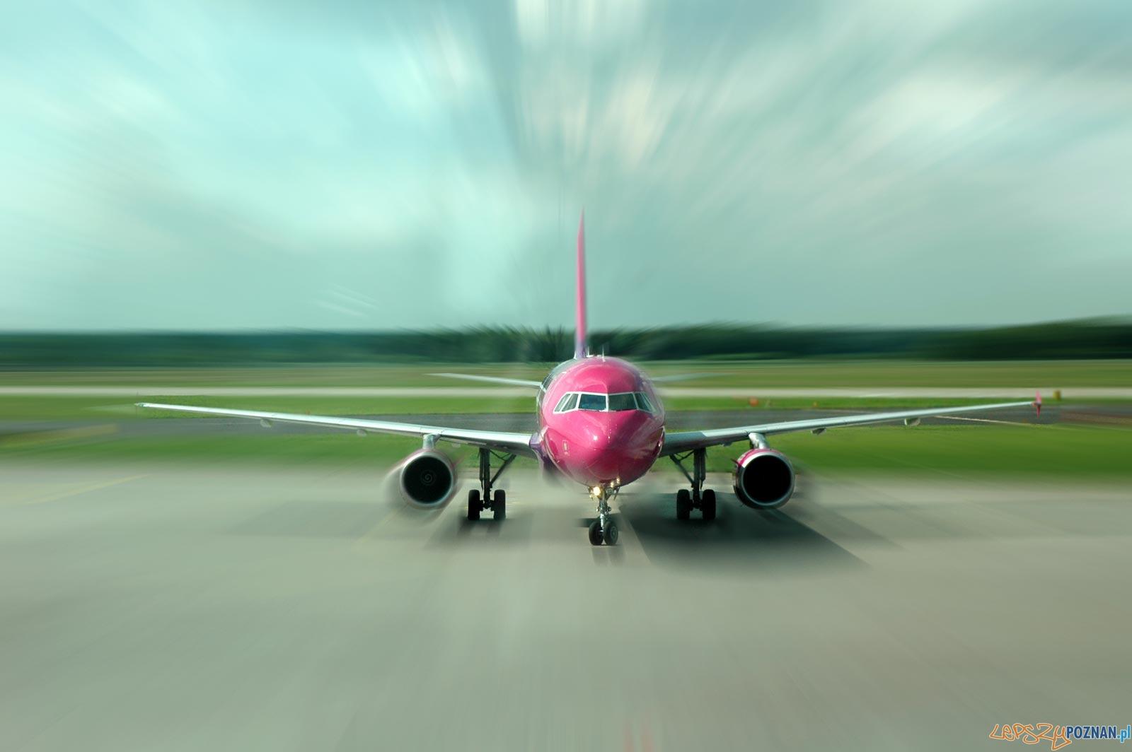 foto: wizzair - samolot  Foto: