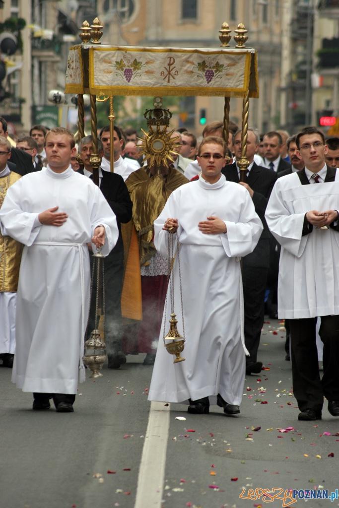 Uroczystość Najświętszego Ciała i Krwi Chrystusa - 3.06.2010 r.  Foto: lepszyPOZNAN.pl / Piotr Rychter