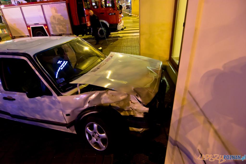 Wypadek na skrzyżowaniu 27 Grudnia i Ratajczaka  Foto: Piotr Rychter