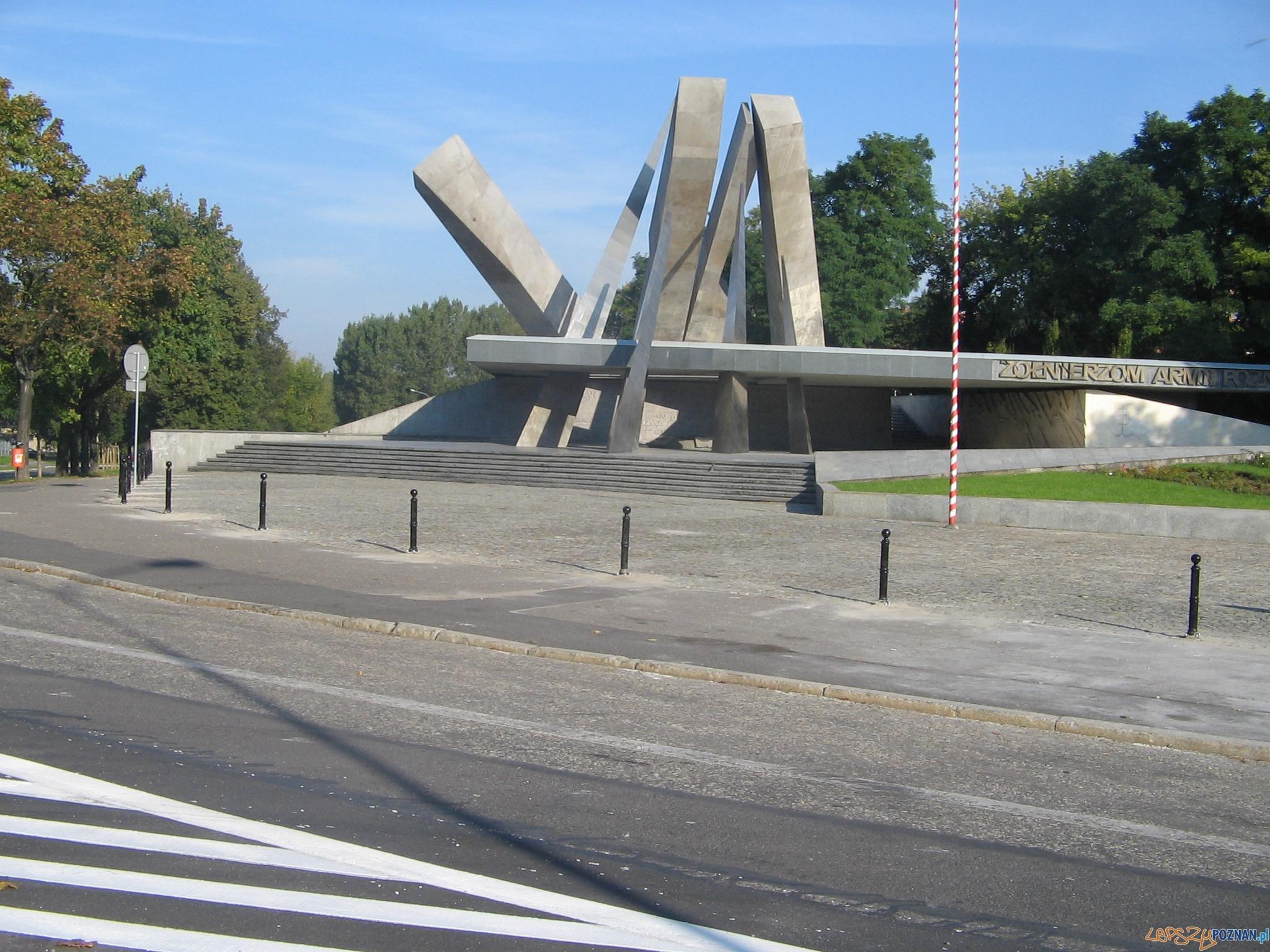 Pomnik Armii Poznań  Foto: ZDM