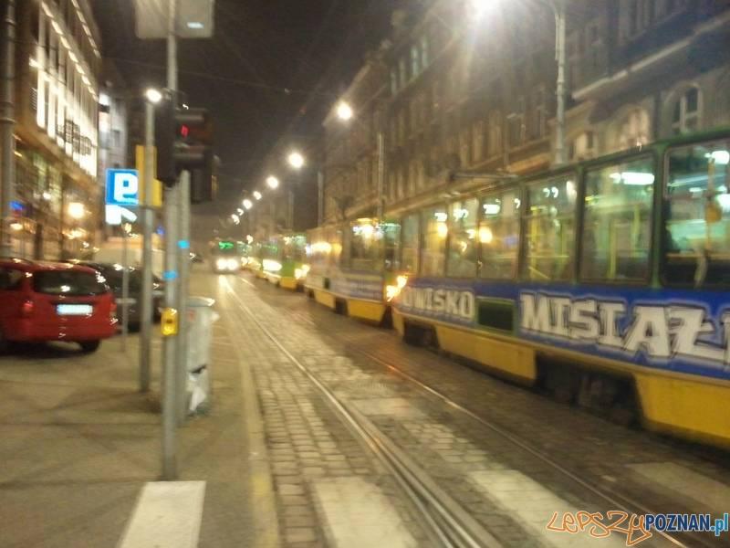 Tramwaje stoją na Podgórnej  Foto: piotr