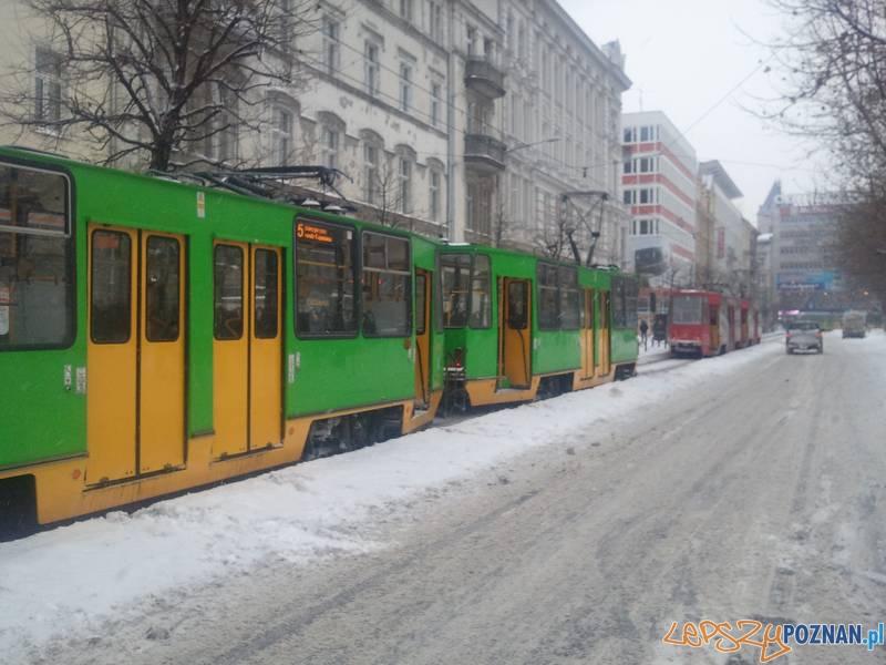 Bimby stoją na ul. 27 Grudnia - tak jest od czasu do czasu...  Foto: lepszyPOZNAN.pl  / gsm