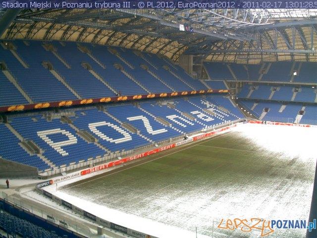 Zdjęcie stadionu - około godziny 13:00  Foto: Euro Poznań 2012