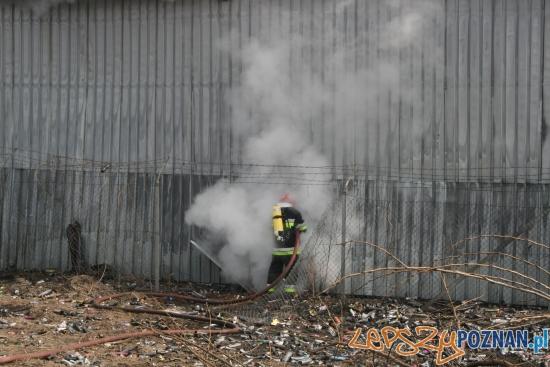 Pożar na Hawelańskiej  Foto: KM PSP w Poznaniu