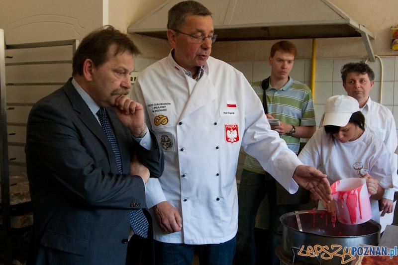 Przygotowanie największego Mazurka w Europie - 29.04.2011 r.  Foto: LepszyPOZNAN.pl / Paweł Rychter