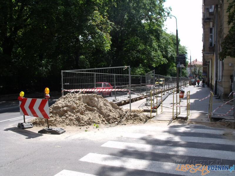 Ruch wahadłowy na ulicy Matejki w Poznaniu (foto archiwum)  Foto: lazarz.pl