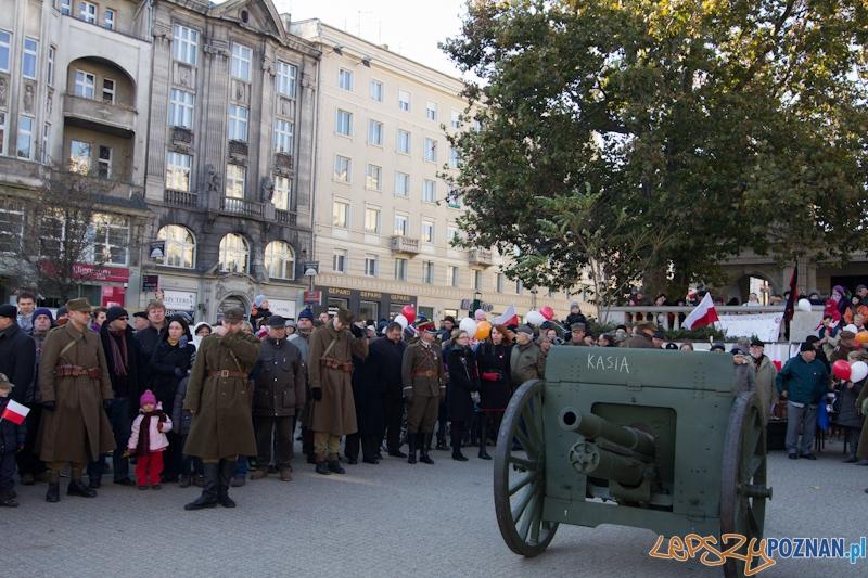 Obchody Dnia Niepodległości - 11.11.11 - Plac Wolności  Foto: lepszyPOZNAN.pl / Piotr Rychter