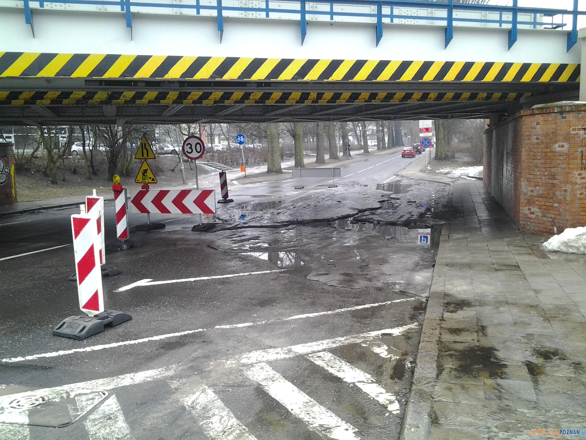 Utrudnienia na Alei Niepodległości  Foto: lepszyPOZNAN.pl / ag