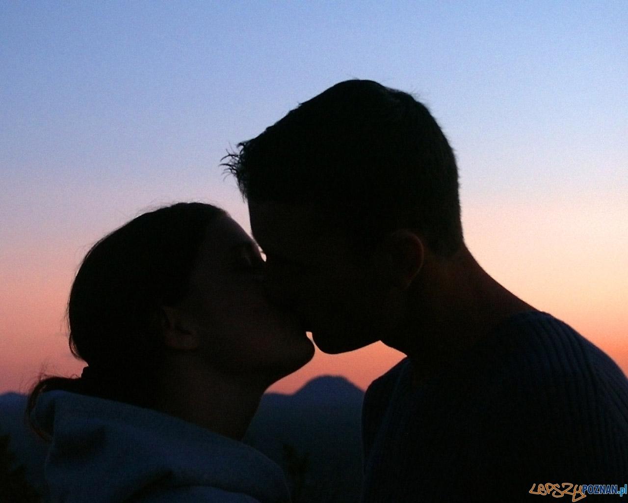 pocałunek  Foto: sxc