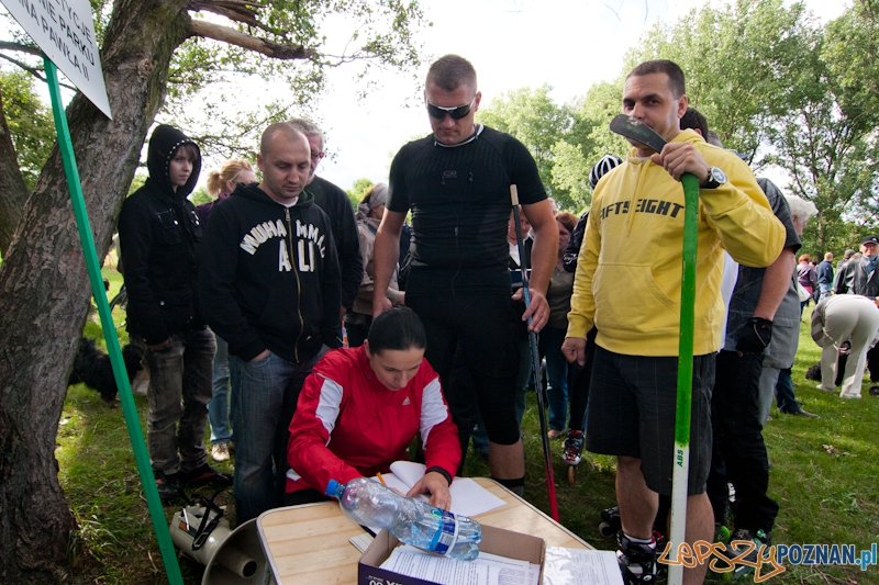Mieszkańcy Wildy przeciwko lądowisku w parku Jana Pawła II - Poznań 02.06.2012 r.  Foto: LepszyPOZNAN.pl / Paweł Rychter