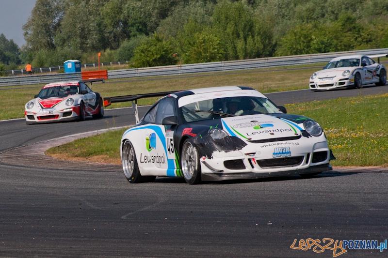 Wyścigi samochodowe na Torze Poznań - 30.06.2012 r.  Foto: LepszyPOZNAN.pl / Paweł Rychter