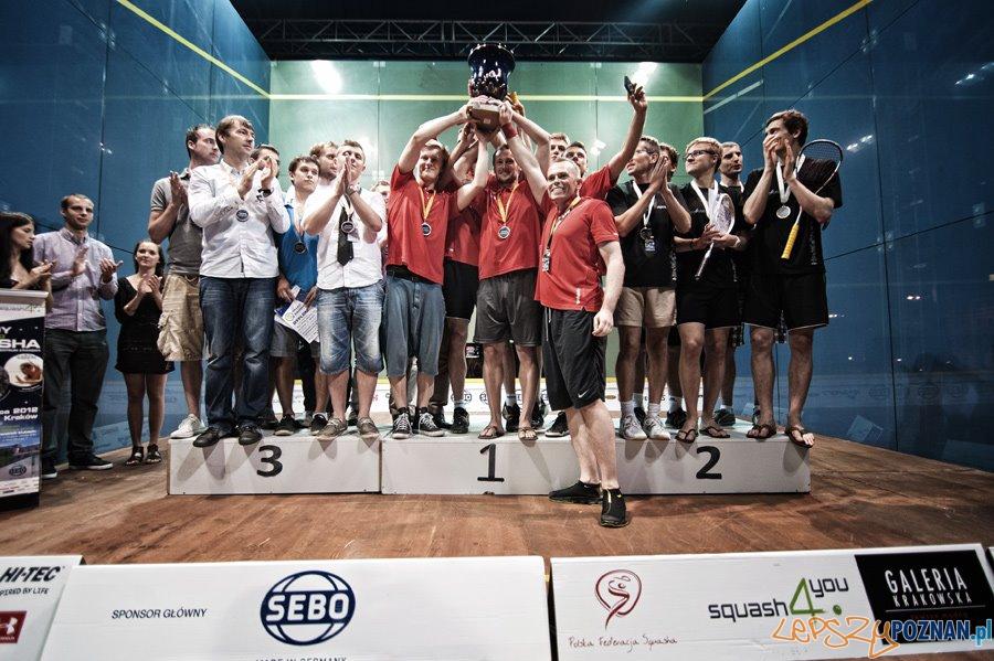 Druzynowi mistrzowie z Poznania Fresh Team  Foto:
