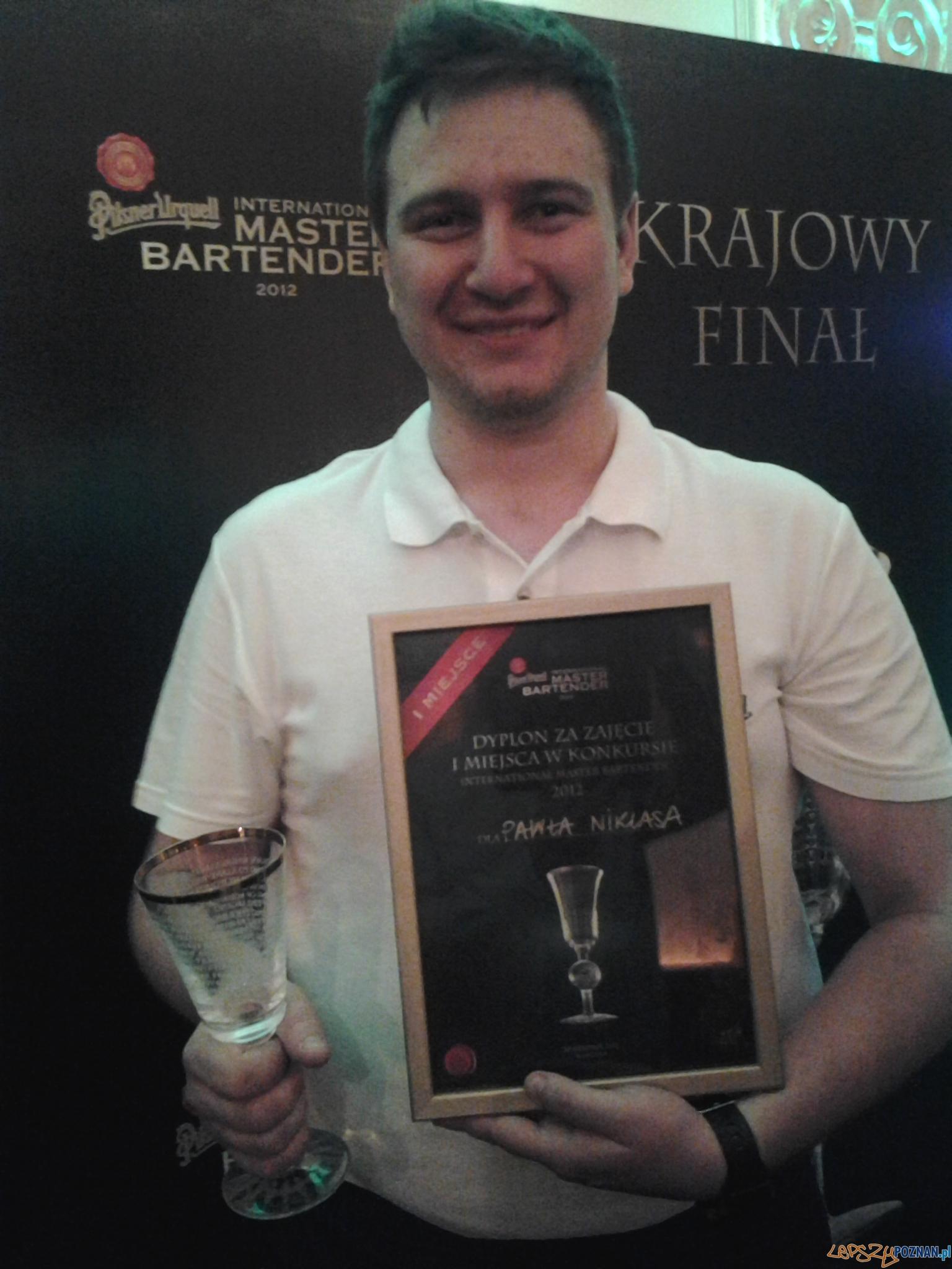 Paweł Niklas - najlepszy barman w konkursie Pilsner Urquell  Foto: lepszyPOZNAN.pl / tab