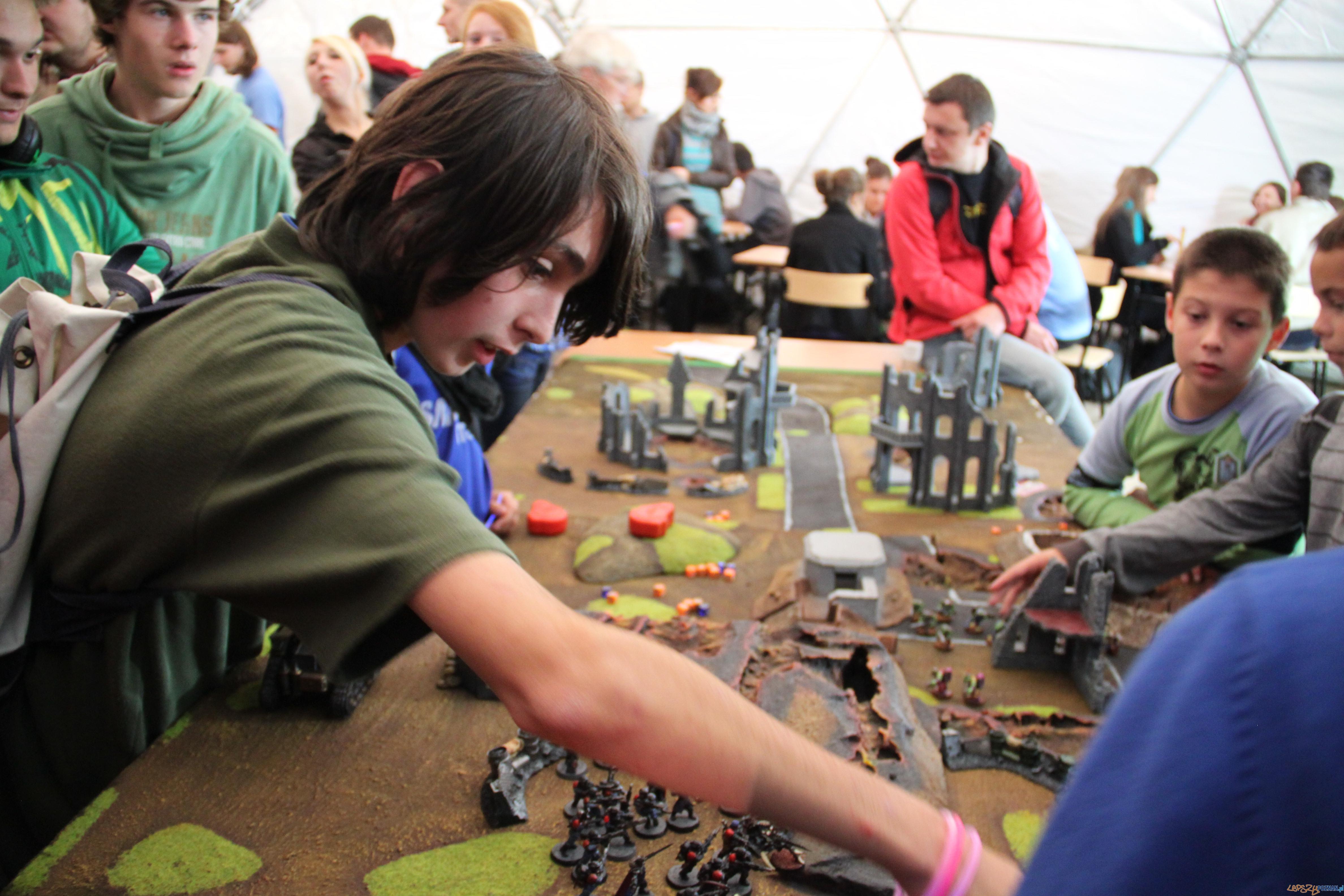 Gry strategiczne podczas Polibuda Gaming Zone  Foto: Tomasz Dworek