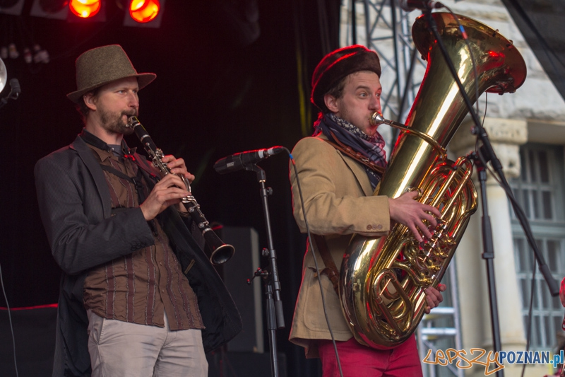 Imieniny ulicy Święty Marcin - zespół Tsigunz Fanfara Avantura - 11.11.2012 r.  Foto: lepszyPOZNAN.pl / Piotr Rychter