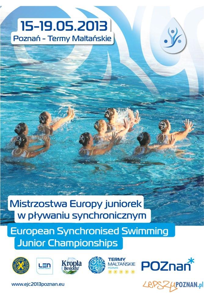 plakat - pływanie synchroniczne  Foto: