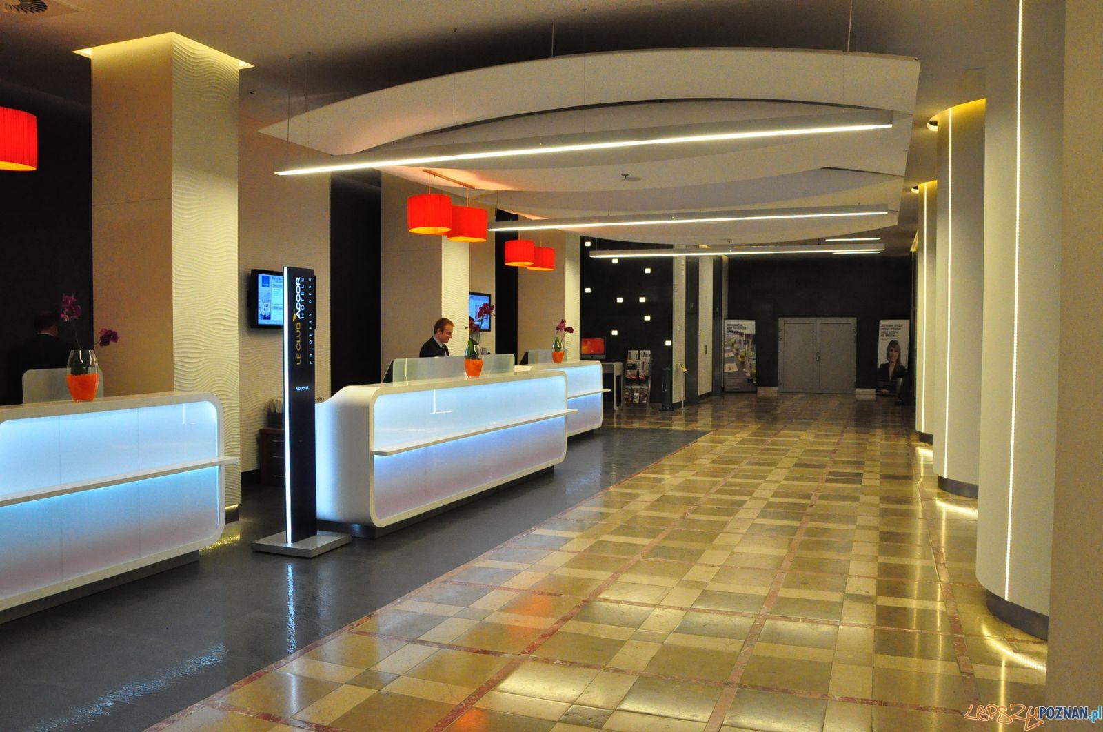 Recepcja w Novotel Poznań Centrum  Foto: