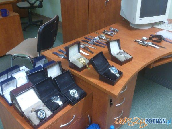 Zabezpieczone zegarki   Foto: materiały policji
