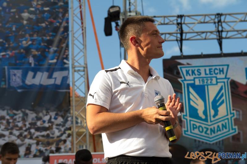Prezentacja pierwszej drużyny Lecha Poznań - trenet Mariusz Rumak - Stary Rynek 16.07.2013 r.  Foto: lepszyPOZNAN.pl / Piotr Rychter
