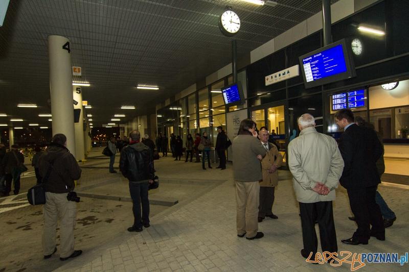 Pierwszi pasażerowie nowego dworca PKS - Poznań 23.11.2013 r.  Foto: LepszyPOZNAN.pl / Paweł Rychter