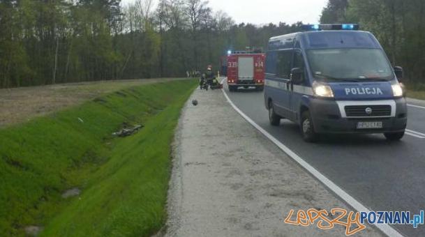 wypadek motocyklisty w Murowanej Goślinie  Foto: JRG 8