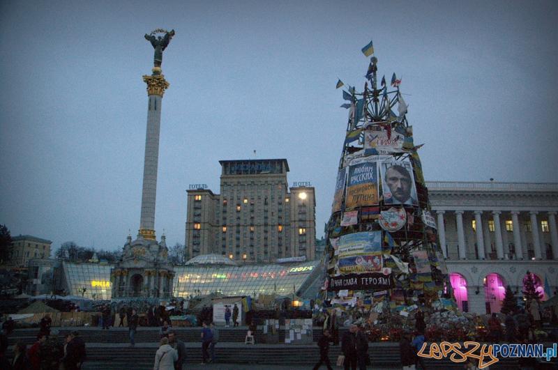Hotel Ukraina - To właśnie z okien Hotelu Ukraina kamery telewizyjne pokazywały krwawe starcia na Majdanie.  Foto: lepszyPOZNAN.pl / Mathias Mezler
