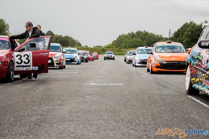 Wyścigi samochodowe na Torze Poznań - Poznań 13-15.06.2014 r.  Foto: © lepszyPOZNAN.pl / Karolina Kiraga