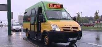 Minibus linia 121  Foto: cc