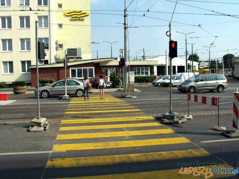 Przejście dla pieszych na Głogogowskiej  Foto: lazarz.pl / Janusz Ludwiczak