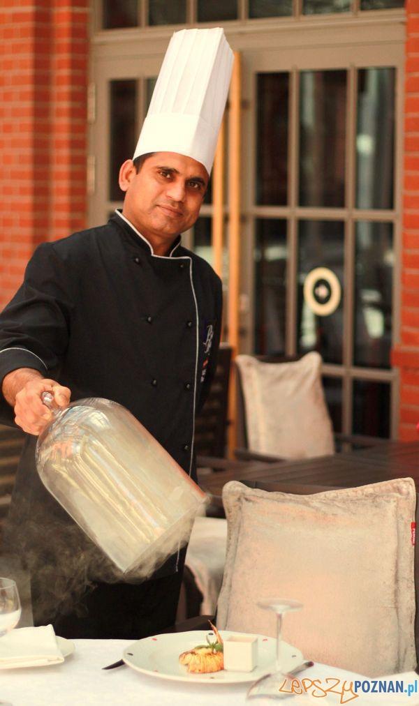 Chef Kuchni Piano Bar Roop Lal Balu  Foto: