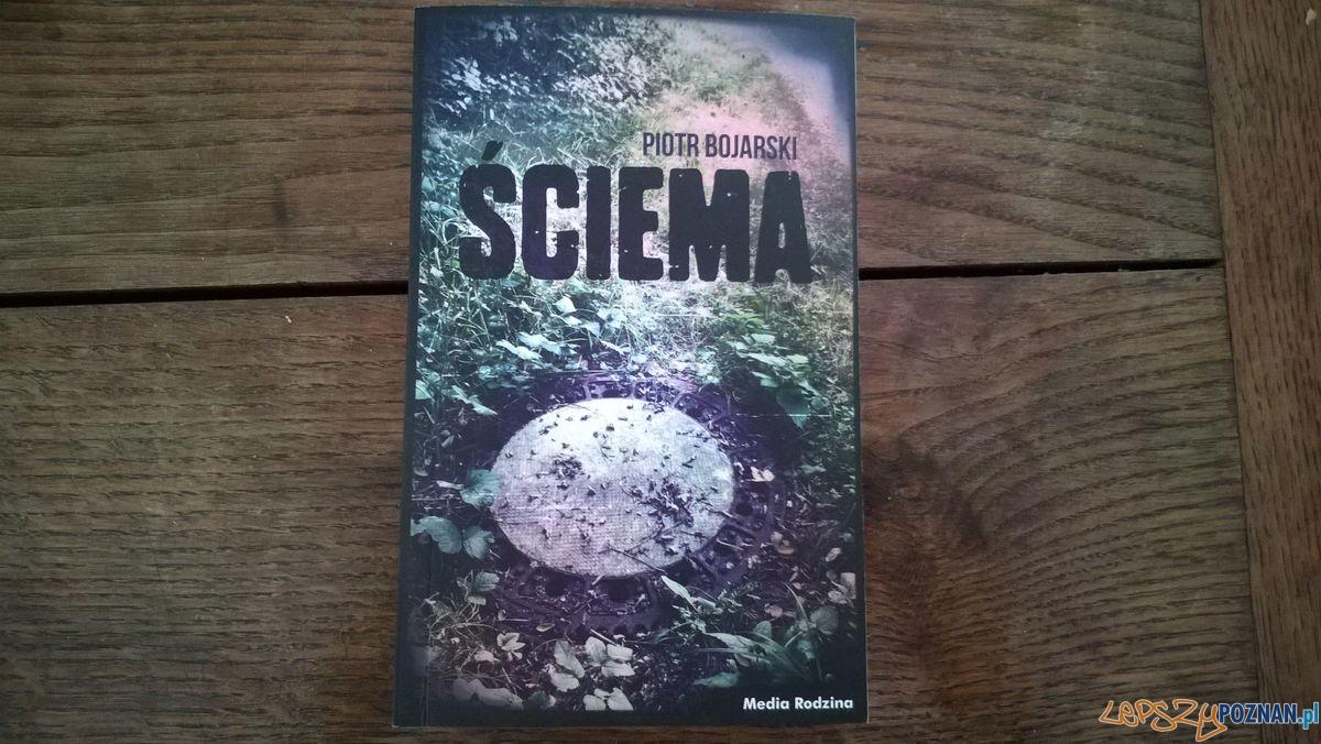 Ściema - najnowsza książka Piotra Bojarskiego  Foto: td