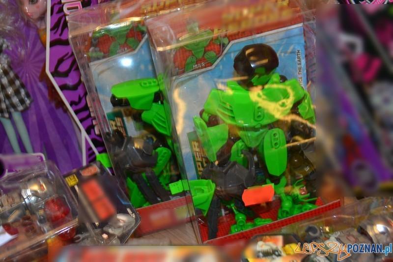 Podrobione zabawki  Foto: KMP