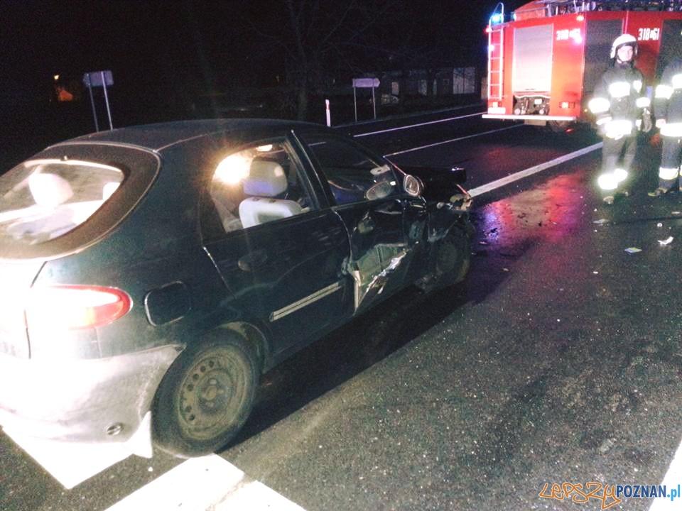 Wypadek na drodze między Kostrzynem a Wrześnią  Foto: OSP Kostrzyn