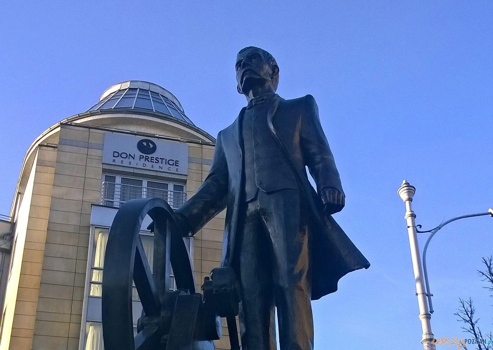 Pomnik Cegielskiego_  Foto: Tomasz Dworek