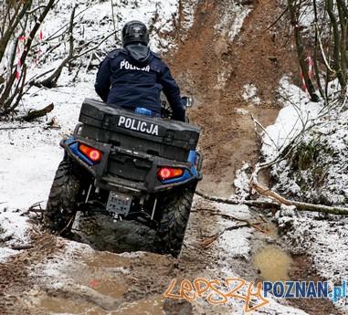 Testy policyjnych aut (4)  Foto: