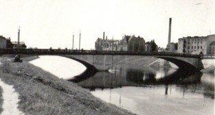 Most Chrobrego, okres międzywojenny  Foto: Archiwum Ośrodka Wychowawczego dla Dzieci Niesłyszących na Śródce / Cyryl