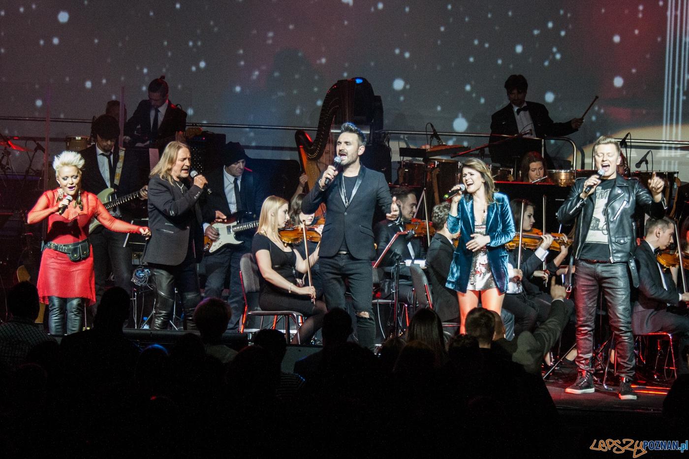 U2 symfonicznie (24.04.2016) Sala Ziemi  Foto: © lepszyPOZNAN.pl / Karolina Kiraga