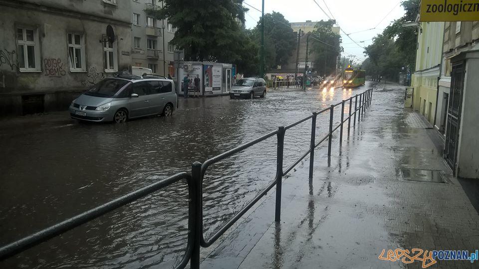 Lało ja z cebra - wuchta ulic zalana  Foto: Krzysztof Bartosiak