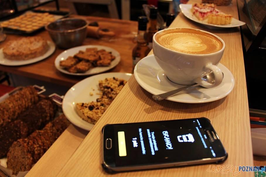 Tansza kawa z niezależnych kawiarni Foto: Projekt Rebel / facebook
