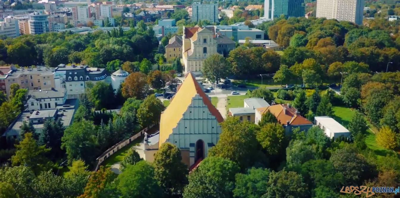 Wzgórze Św. Wojciecha z lotu ptaka  Foto: kadr z filmu / TRAKT