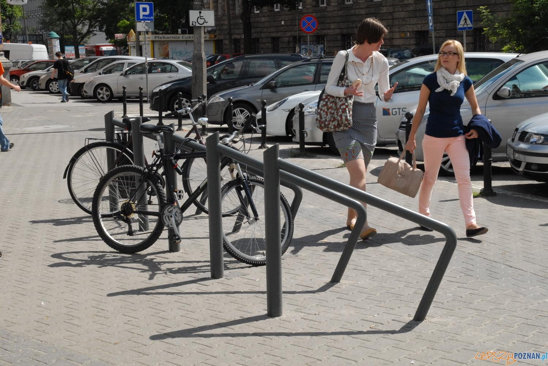 Stojaki rowerowe na ul. Kościuszki  Foto: UM Poznania