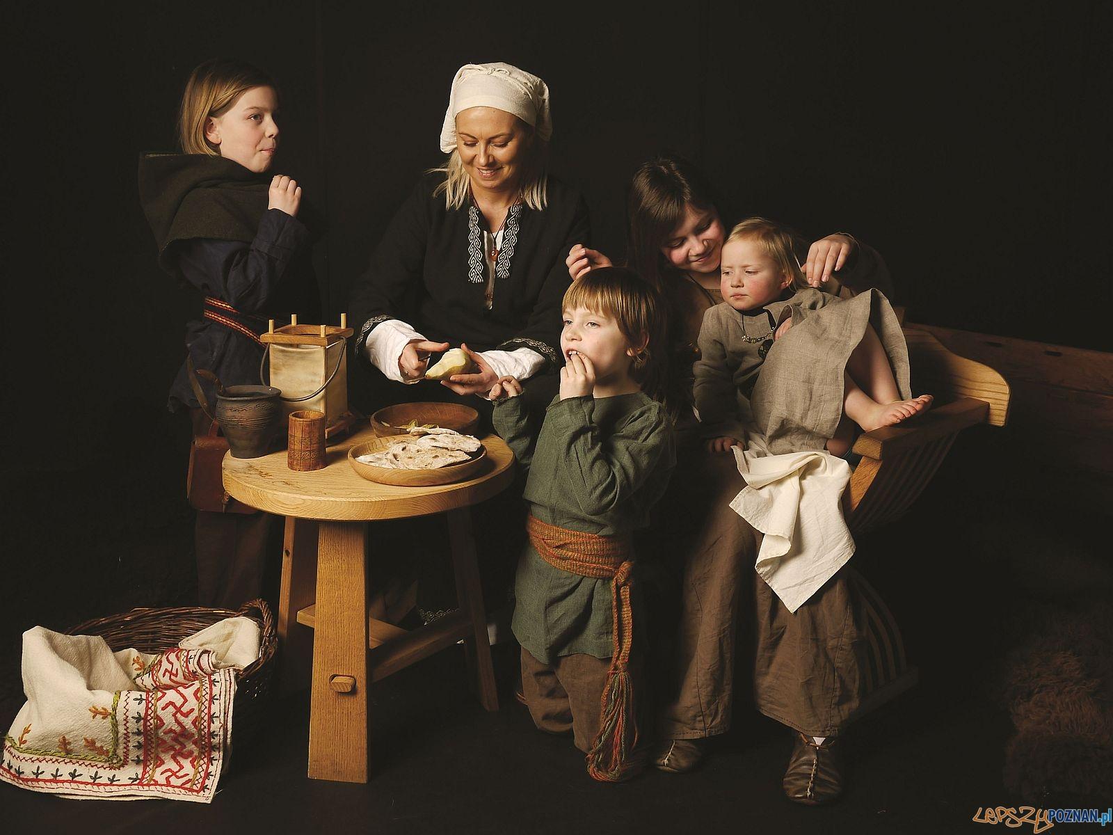 Rodzina w średniowieczu  Foto: Kateriny Zisopulu Bleja / Muzeum Archeologiczne