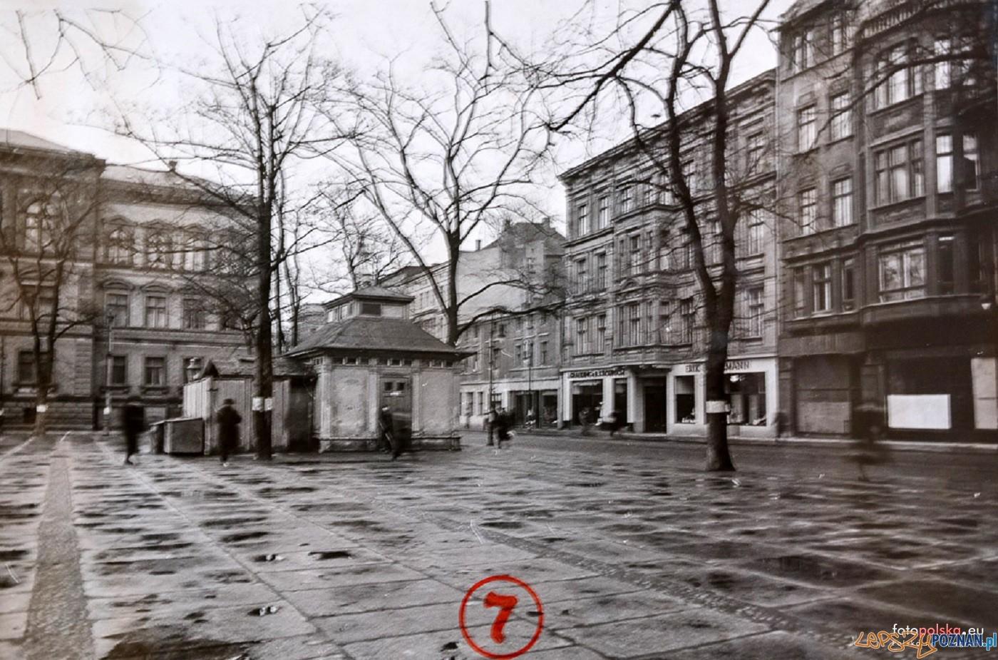 Plac Wielkopolski 1940 - 44  Foto: Miejski Konserwator Zabytków / fotopolska