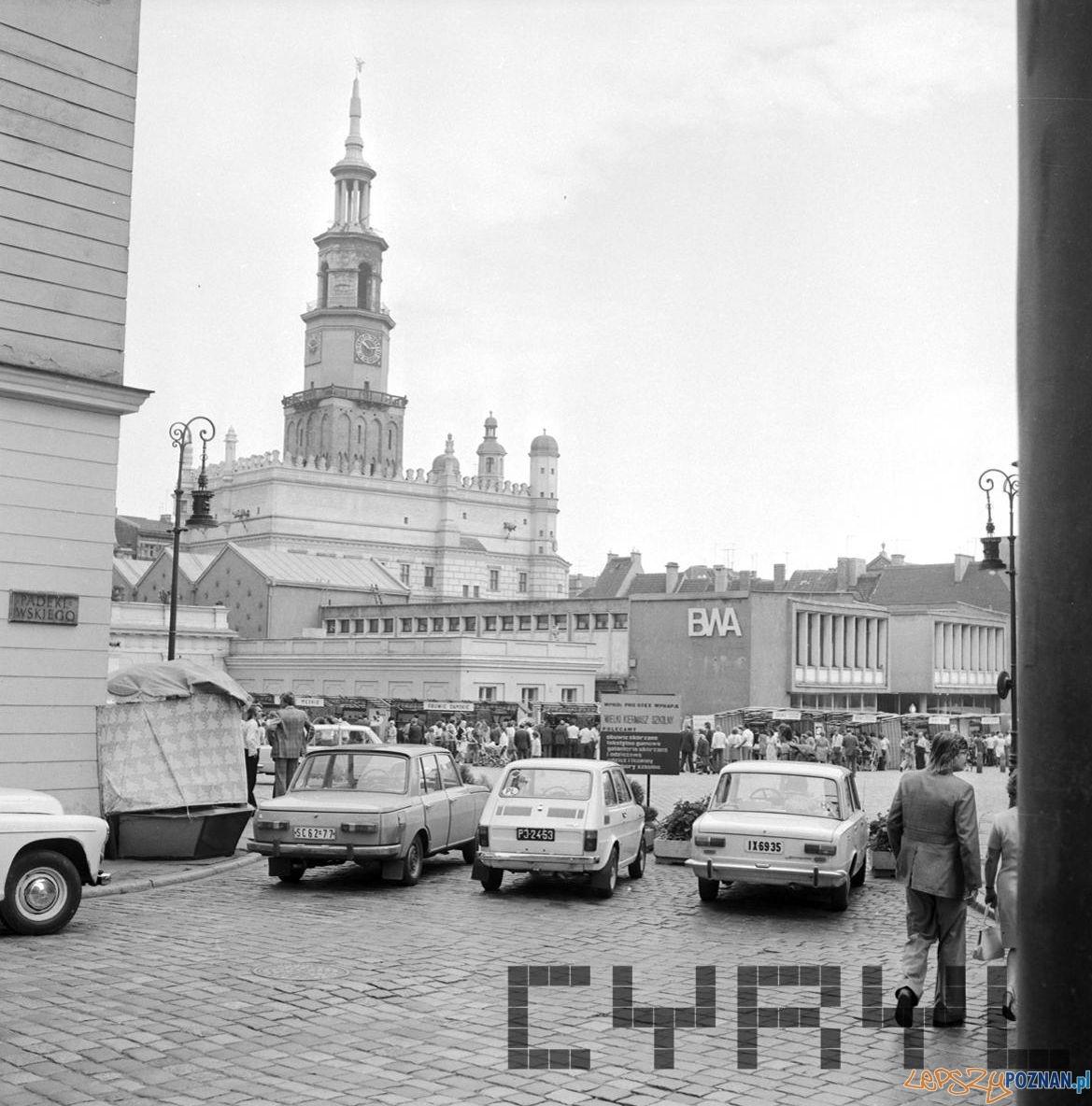 Stary Rynek 16.08.1975  Foto: Stanisław Wiktor / Cyryl