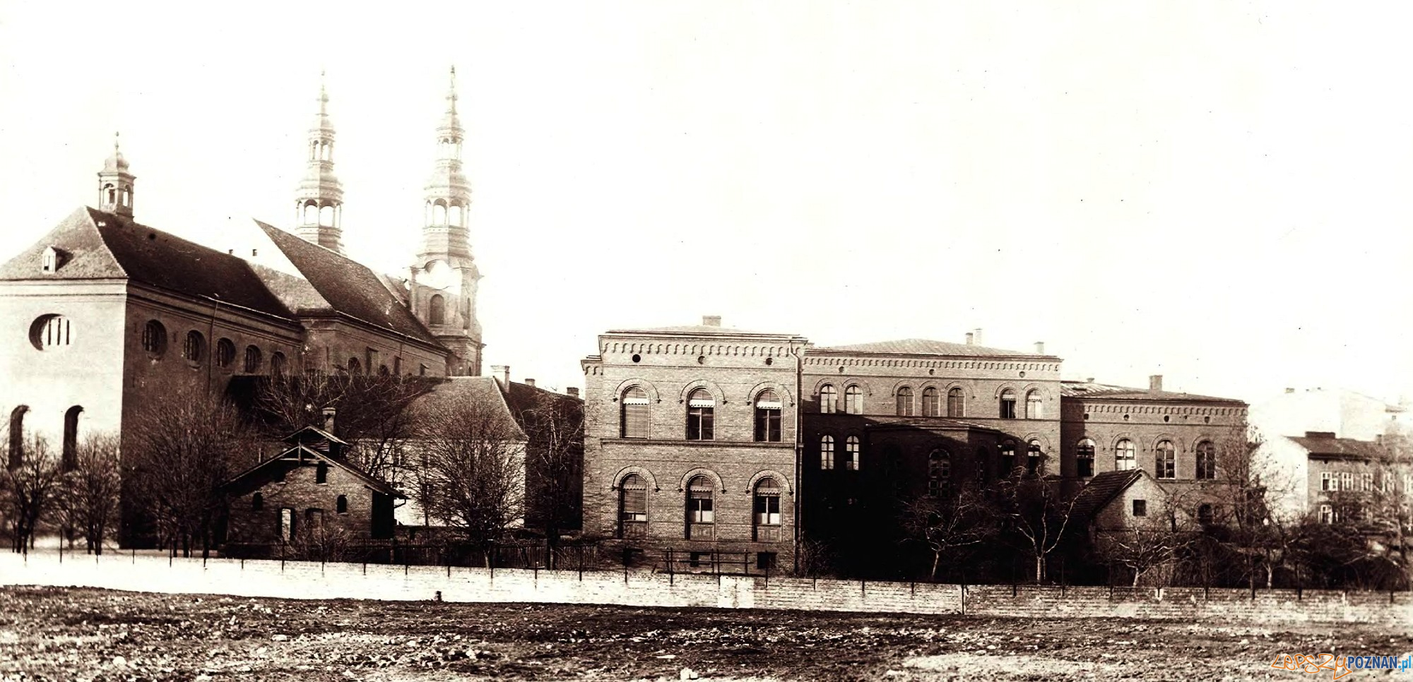 Kościół Bernardynów Gimnazjum Marii Magdaleny 1898-1900  Foto: poznan.wikia