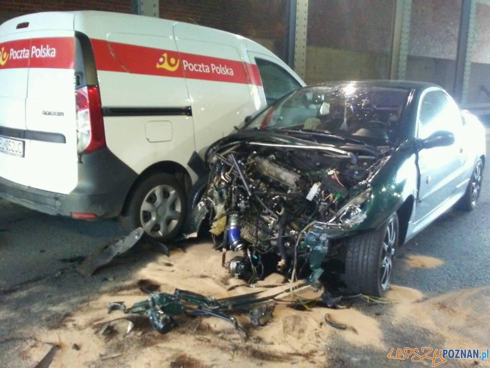 Wypadek na Hetmańskiej  Foto: Pomoc Drogowa Car Center Poznań