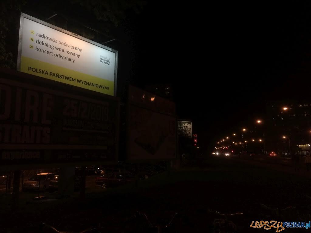 03_Kampania Polska Państwem Wyznaniowym Fot. Fundacja Wolność od Religii (billboard w Warszawie)  Foto: Fundacja Wolność od Religii