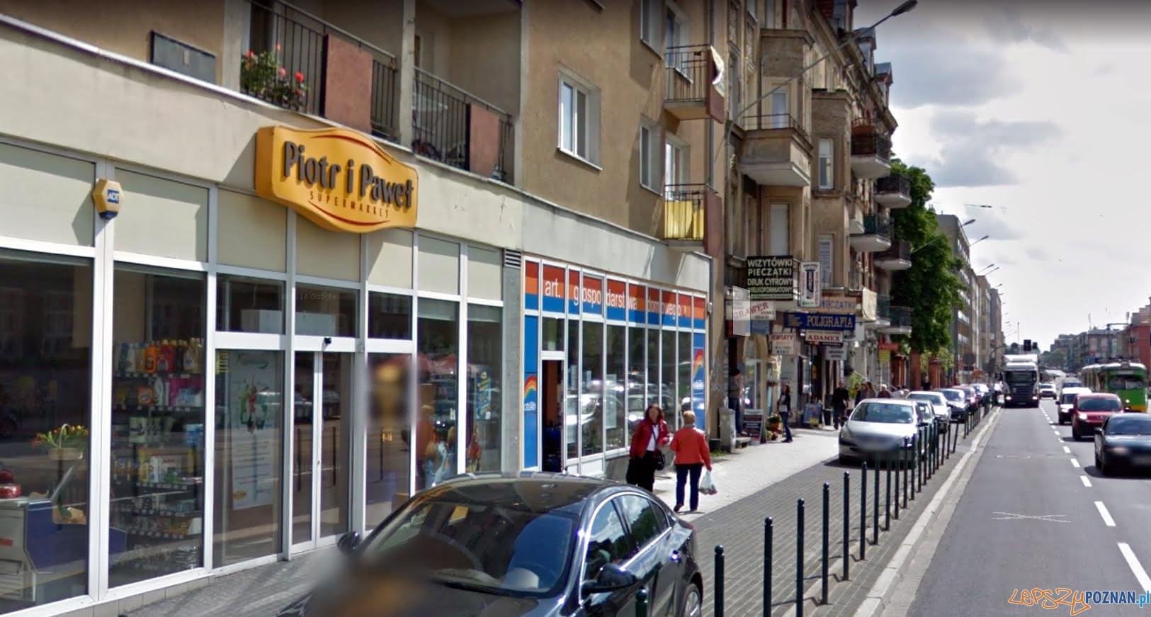 Sklep Piotr i Paweł przy ul. Głogowskiej w Poznaniu  Foto: Google Street View