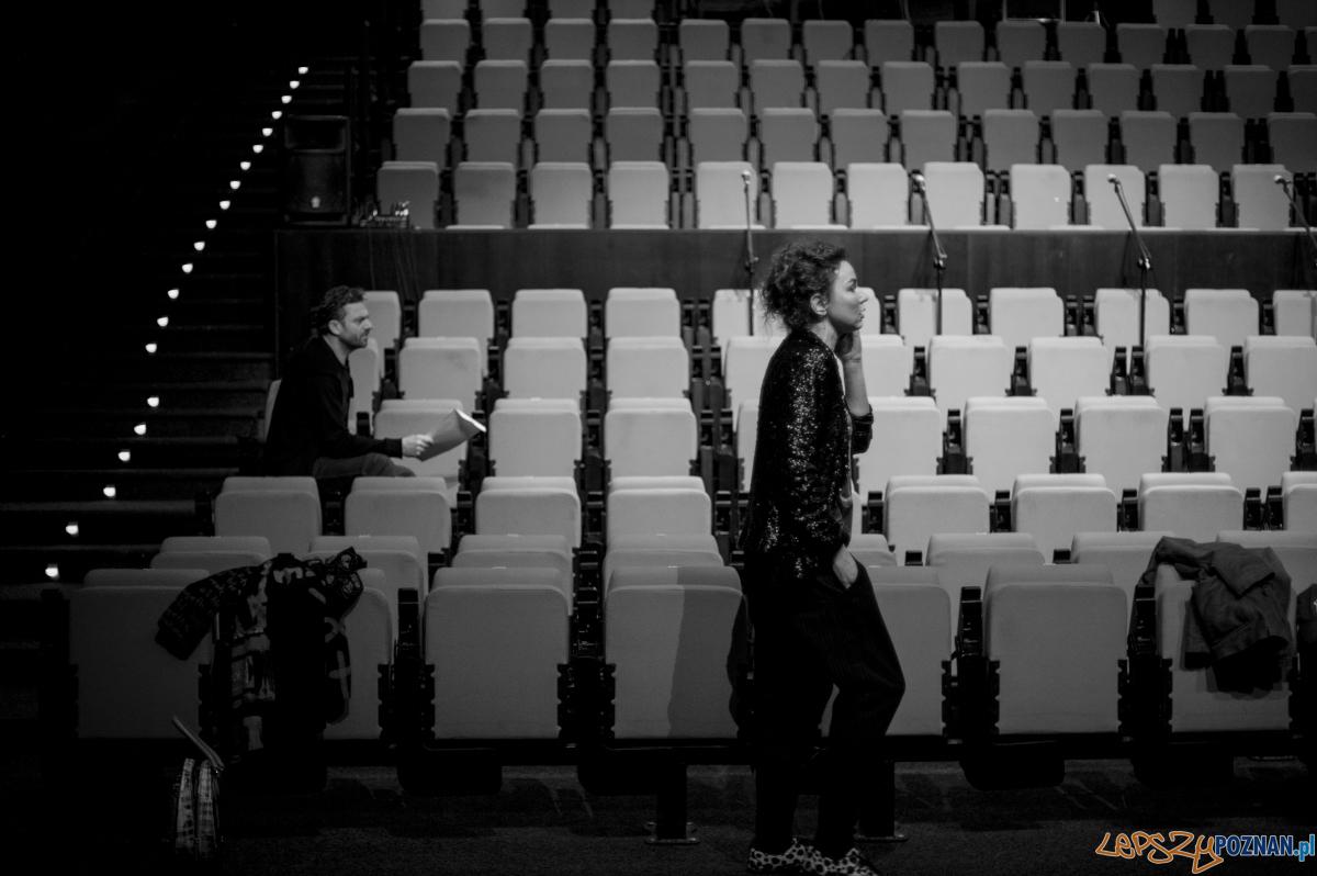 Improwizacje w Teatrze Nowym  Foto: Greg Noo-Wak / archiwum Agaty Dudy Gracz / Teatr Nowy