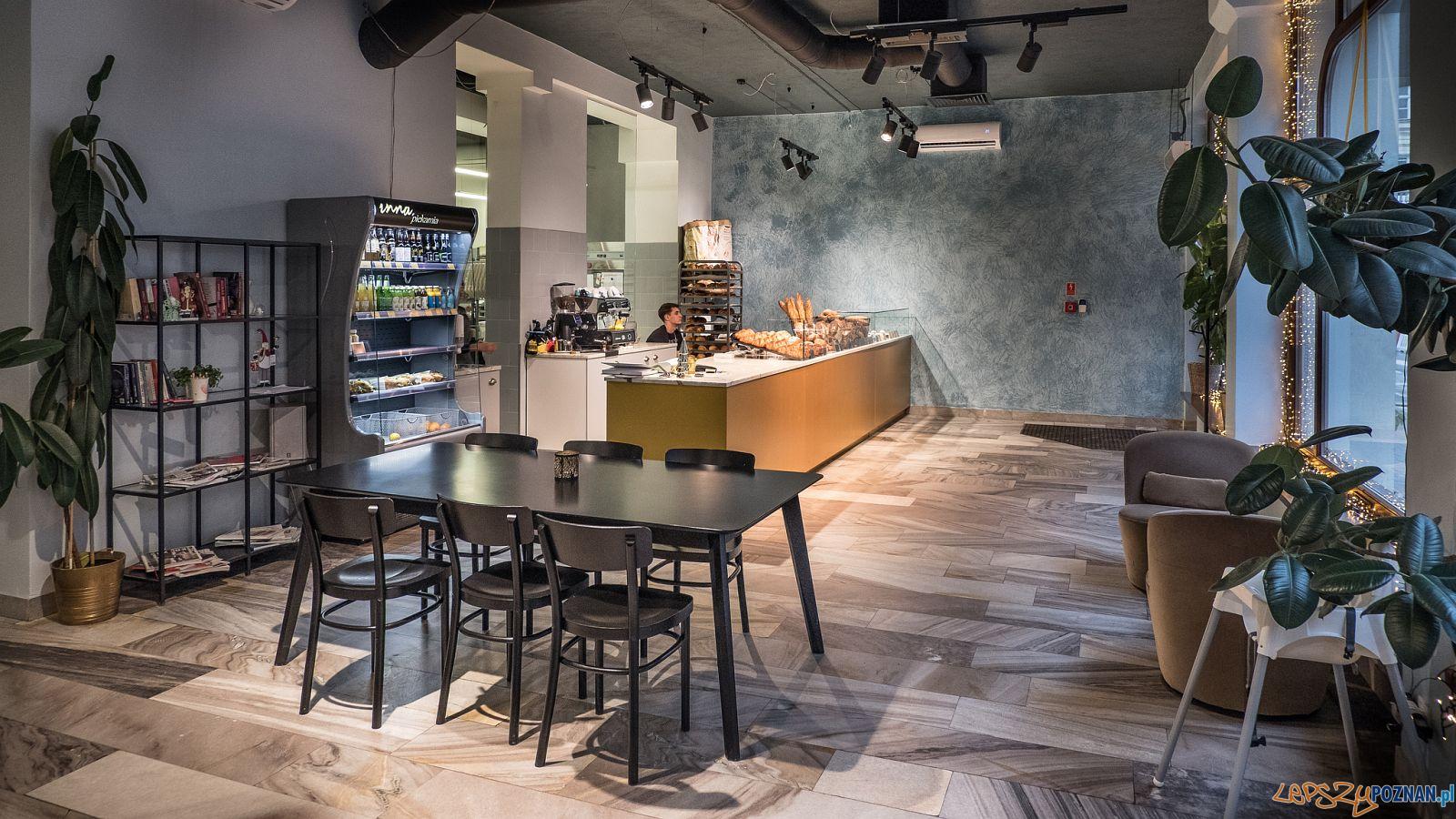 Restauracja  Inna Piekarnia  Foto: Jakub Pindych / PLOT